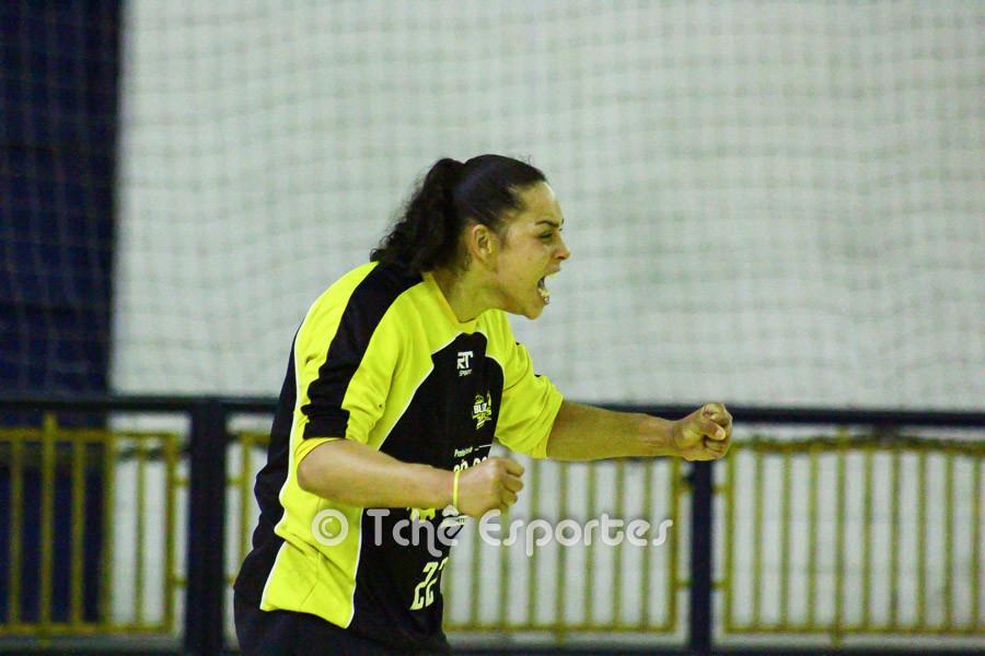 Daiane, goleira do São José. (foto André Pereira / Tchê Esportes)