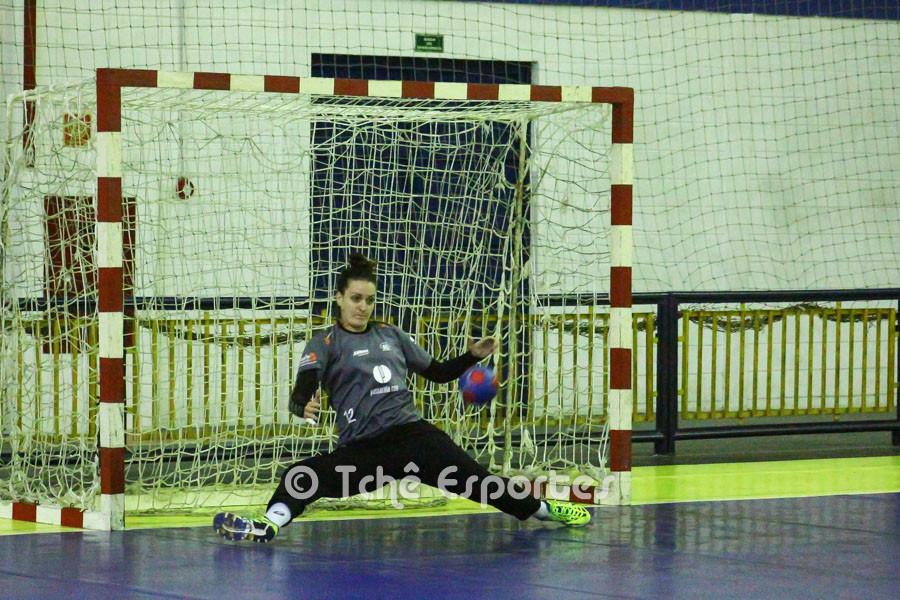 Gabriela Moreschi, Jundiaí, destaque do primeiro tempo. (foto André Pereira / Tchê Esportes)
