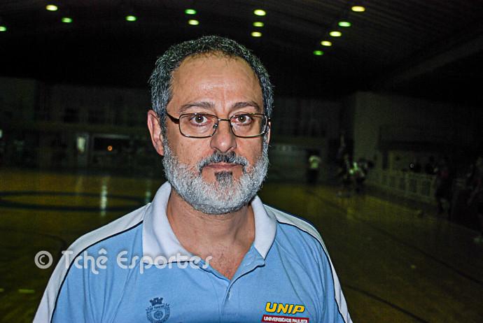 Washington Nunes, técnico do São Caetano (foto arquivo Tchê Esportes)