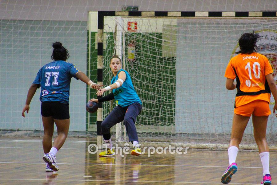 Raissa Borges, goleira do CEPE/Santos, destaque do jogo. (foto André Pereira / Tchê Esportes)