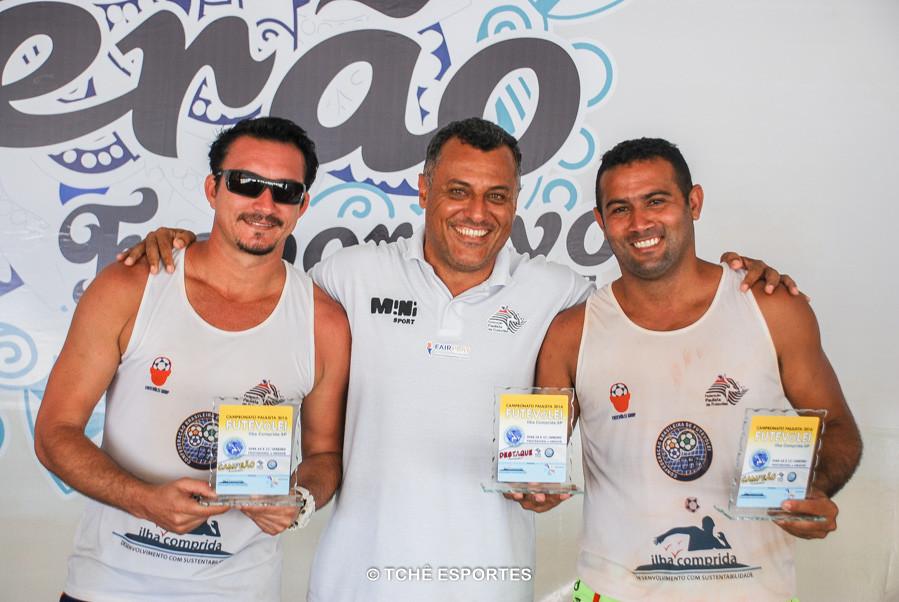 Marcio, Granado e Adailton. (foto André Pereira / Tchê Esportes)