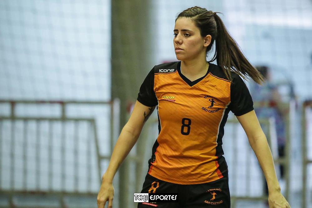 Carol Fajardo, pivô do São Caetano em 2016. (foto arquivo Tchê Esportes)