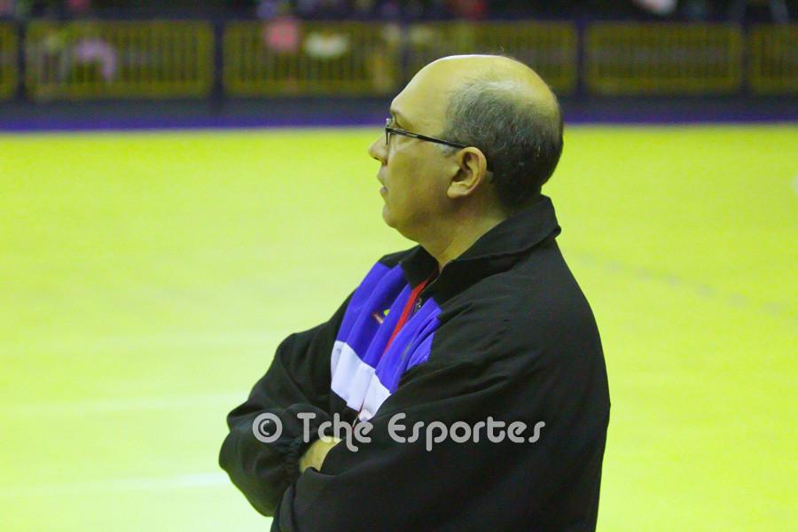 Sérgio Hortelan, técnico do Pinheiros, em busca da reabilitação. (foto arquivo Tchê Esportes)