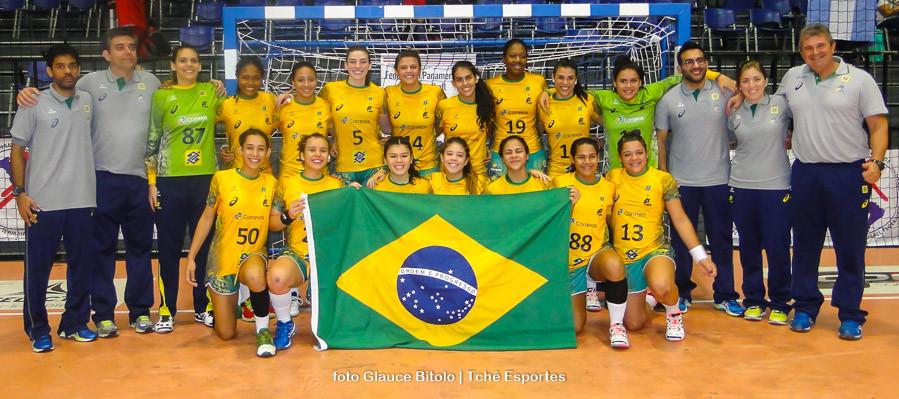 Seleção Brasileira antes do jogo contra a Argentina. (foto Glauce Bitolo / Tchê Esportes)