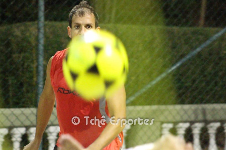 Marcão em treino do SPFC (foto André Pereira / Tchê Esportes)