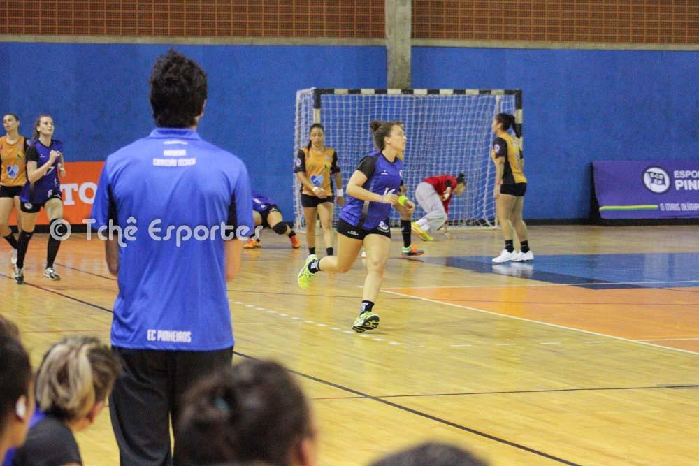 """""""Nosso melhor jogo até agora"""". Alex Aprile (foto André Pereira / Tchê Esportes)"""