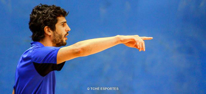 Alex Aprile, técnico do Pinheiros. (foto André Pereira / Tchê Esportes)