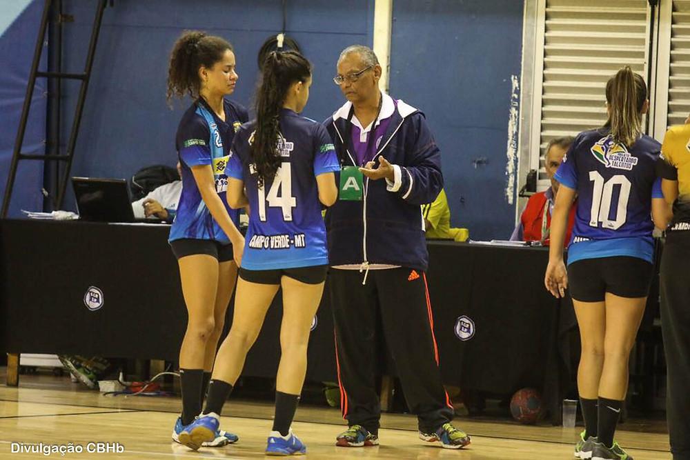Luiz Caetano, técnico do ACVHB/V. Brasil/C.Verde. (foto divulgação CBHb)