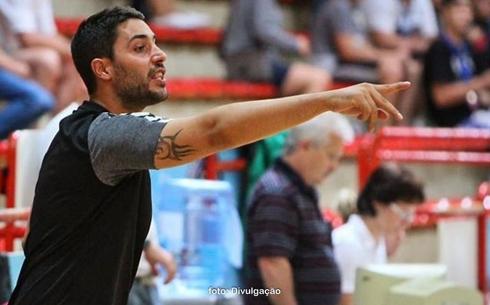 Ricardo Vasconcellos, treinador português da seleção masculina adulta. (foto Divulgação)
