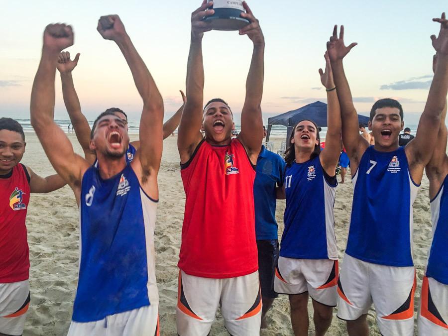 Guarujá, campeã da 3ª etapa de Beach Hand da LPHb (foto Divulgação LPHb)