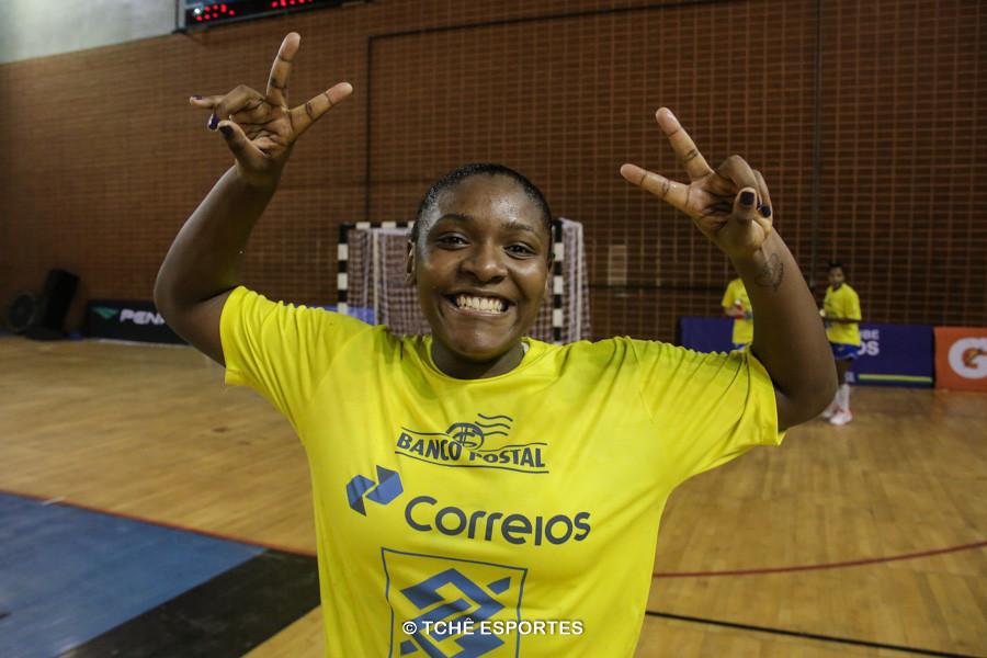 Mariane, destaque da partida. (foto arquivo Tchê Esportes)