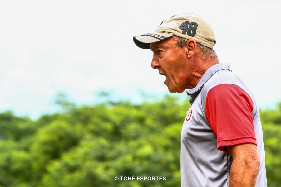 Butiá, treinador no Núcleo Inter Norte. (foto André Pereira / Tchê Esportes)