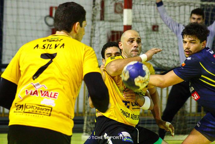 Metodista vs Taubaté (foto André Pereira / Tchê Esportes)