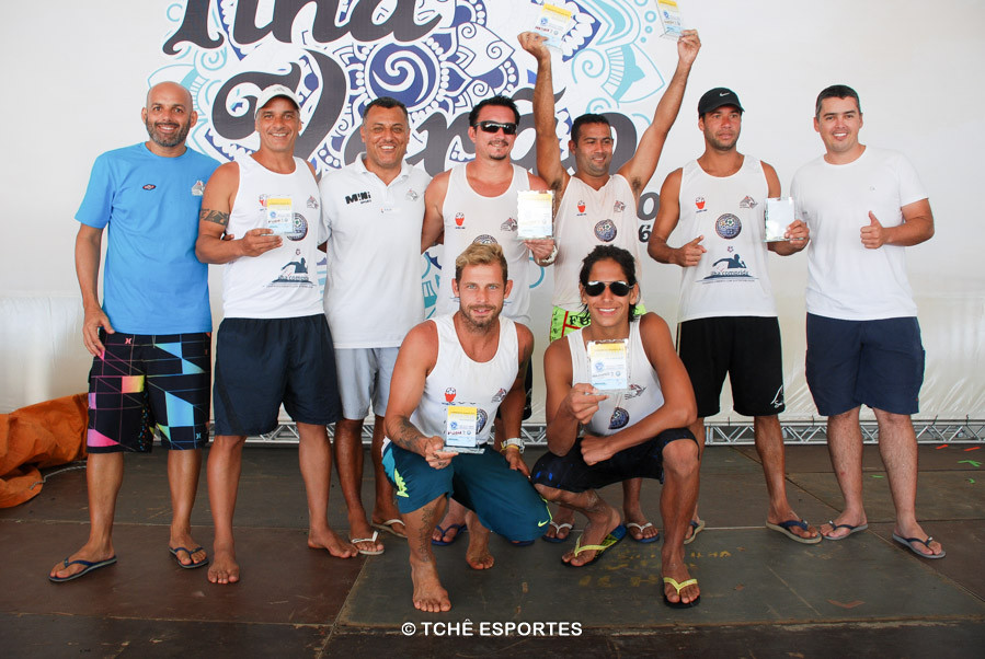 Vencedores da 1ª etapa do campeonato. (foto André Pereira / Tchê Esportes)