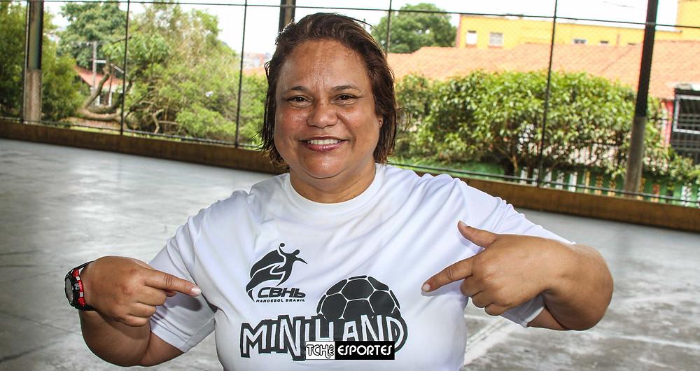 Gika, coordenadora do Projeto MiniHand. (foto André Pereira / Tchê Esportes)