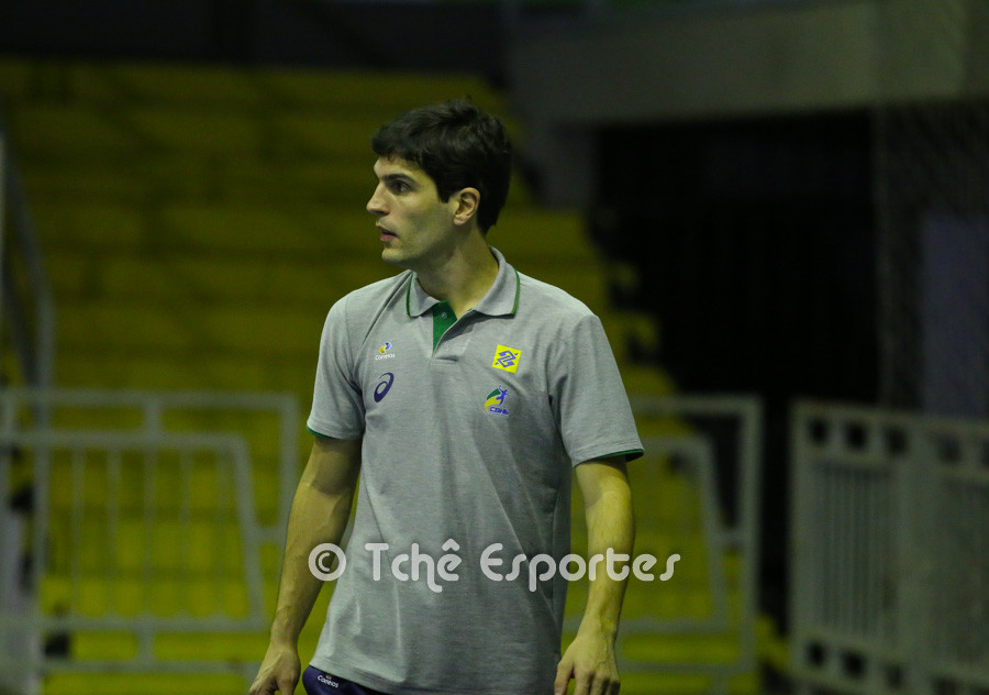 Alex Aprile, Assistente Técnico.  (foto André Pereira / Tchê Esportes)