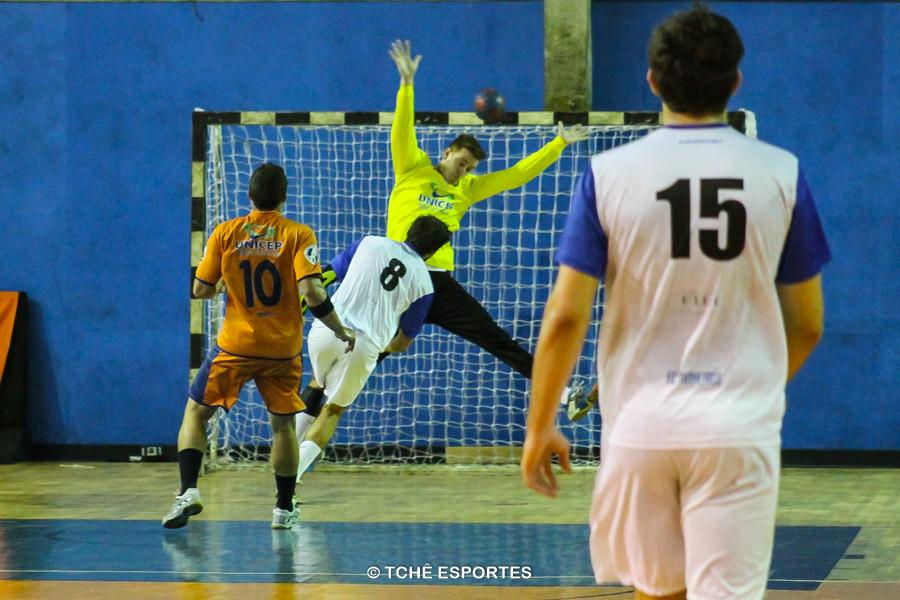 EC Pinheiros garante classificação para as semifinais. (foto André Pereira / Tchê Esportes)