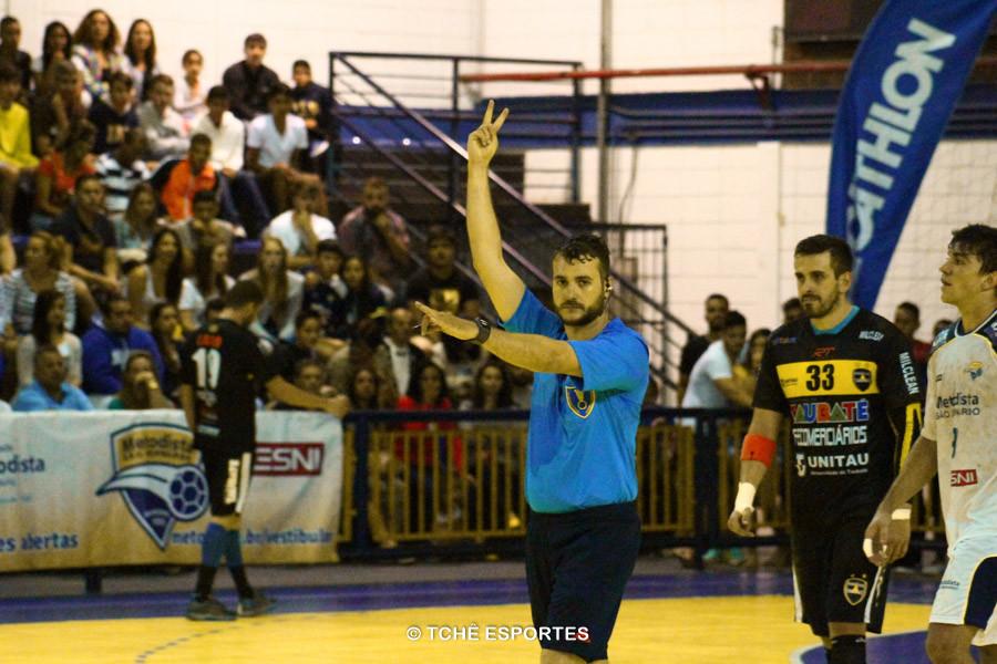 Adriano Rocha, Arbitro. Foto: André Pereira / Tchê Esportes
