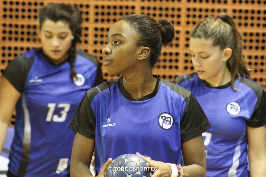 Renata Cruz, armadora do EC Pinheiros. (foto arquivo Tchê Esportes)