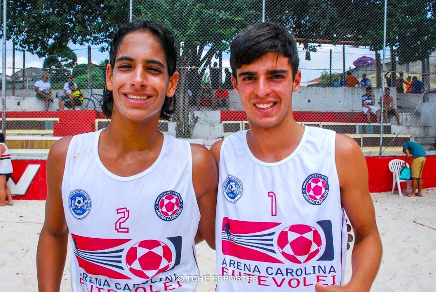 Gabiru e Rodrigo campeões da 1ª etapa. (foto André Pereira / Tchê Esportes)