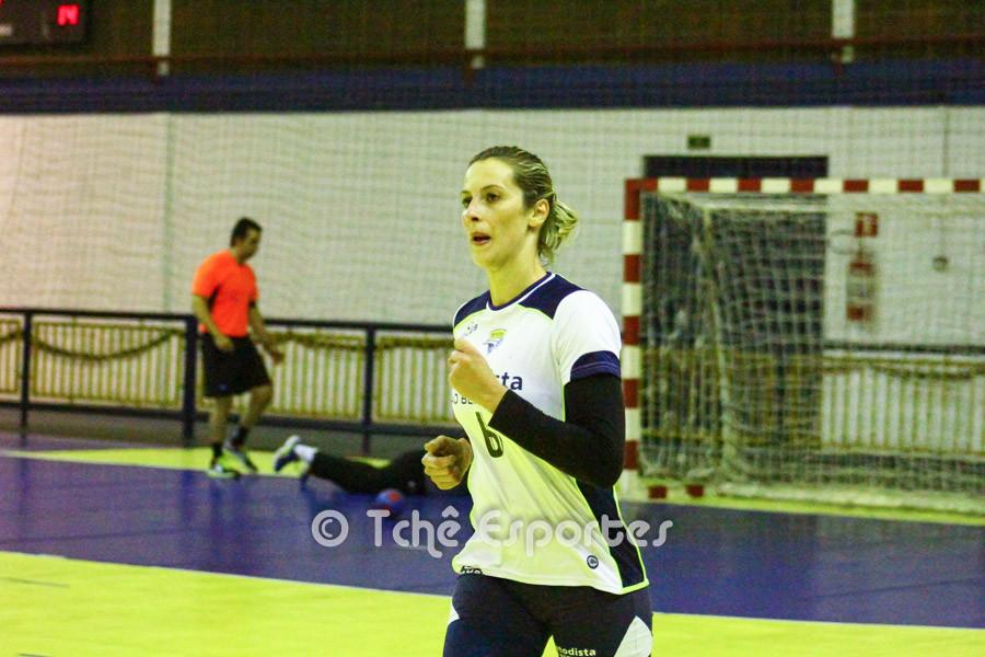 Célia Coppi, Metodista, artilheira do jogo com 8 gols. (foto André Pereira / Tchê Esportes)
