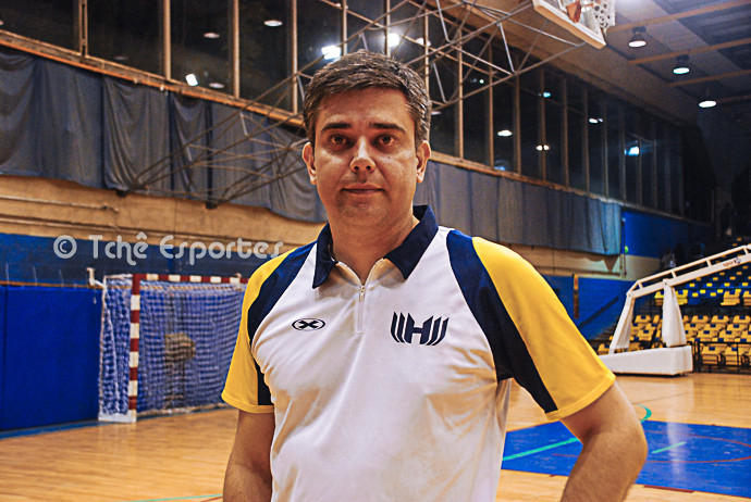 Álvaro Herdeiro, técnico da Hebraica (foto arquivo Tchê Esportes)