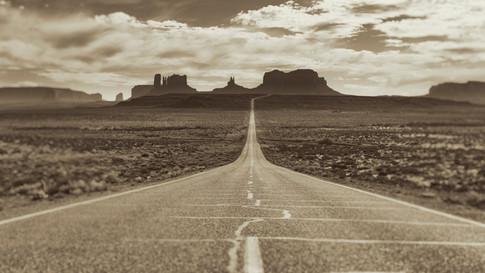 Alexia Cumin USA Monument Valley_4381.jpg