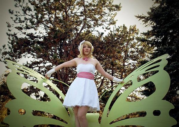 spread_your_wings_by_lenoralucreita-d6u2