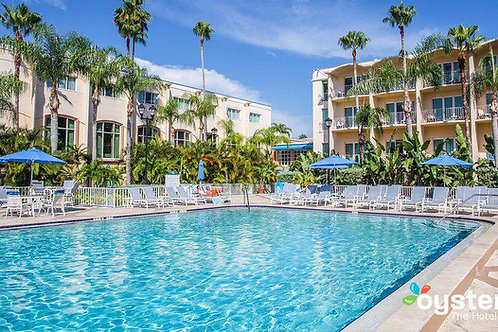 Va Beach Event lodging: Resort/Hotel Room at Event Site