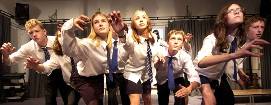 Drama classes, workshops, clubs & productions for schools, London and Surrey