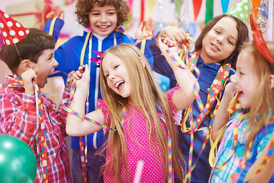 Best kids brthday parties, London and UK. Zumba, dance, yoga, drama children's party entertainment