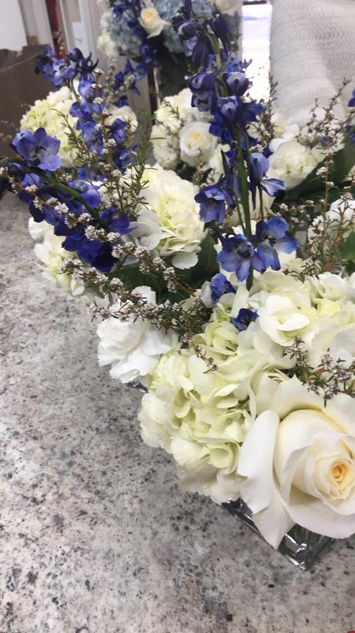 White and blue for a wedding shower