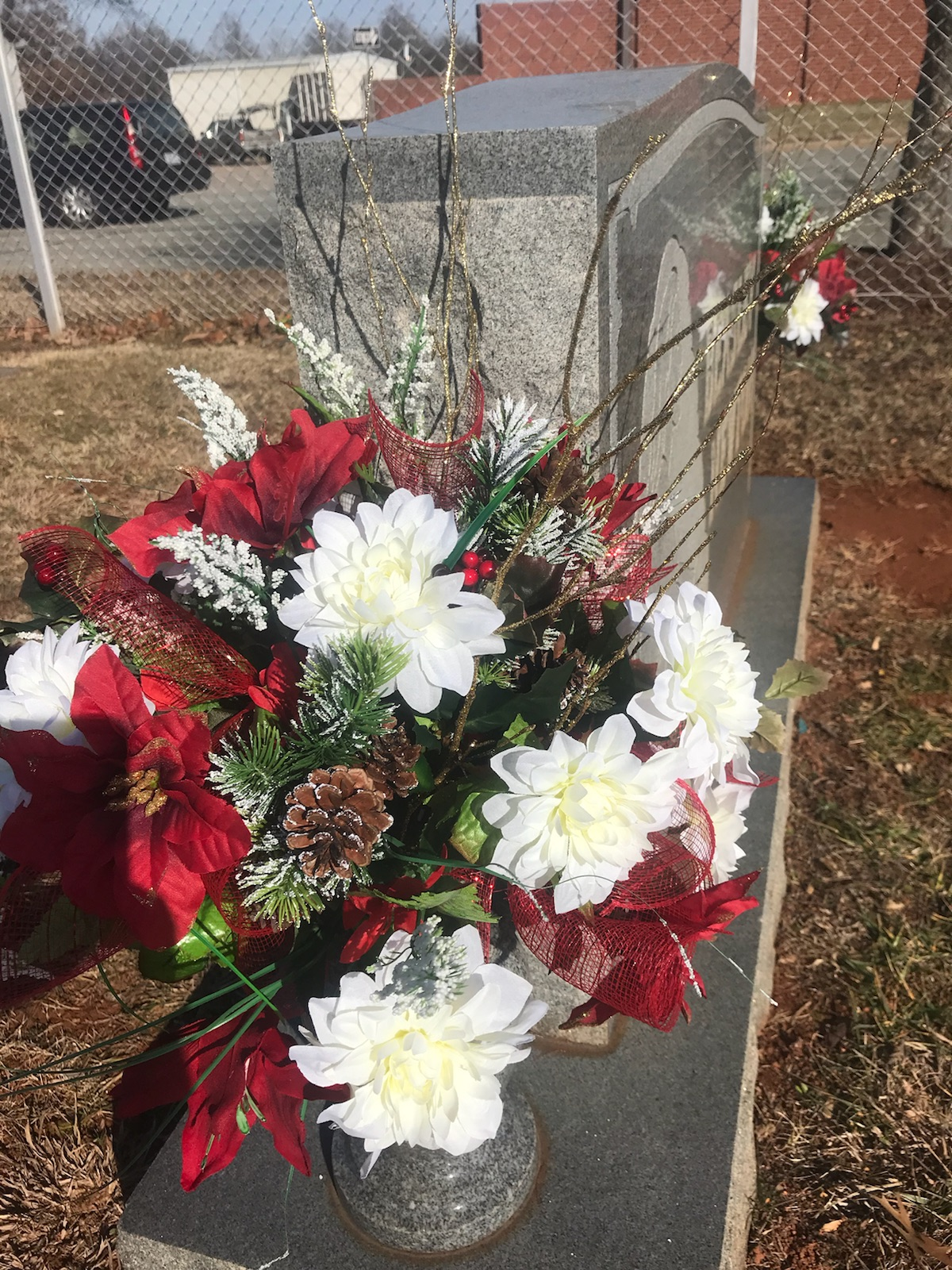 Christmas cemetery arrangement