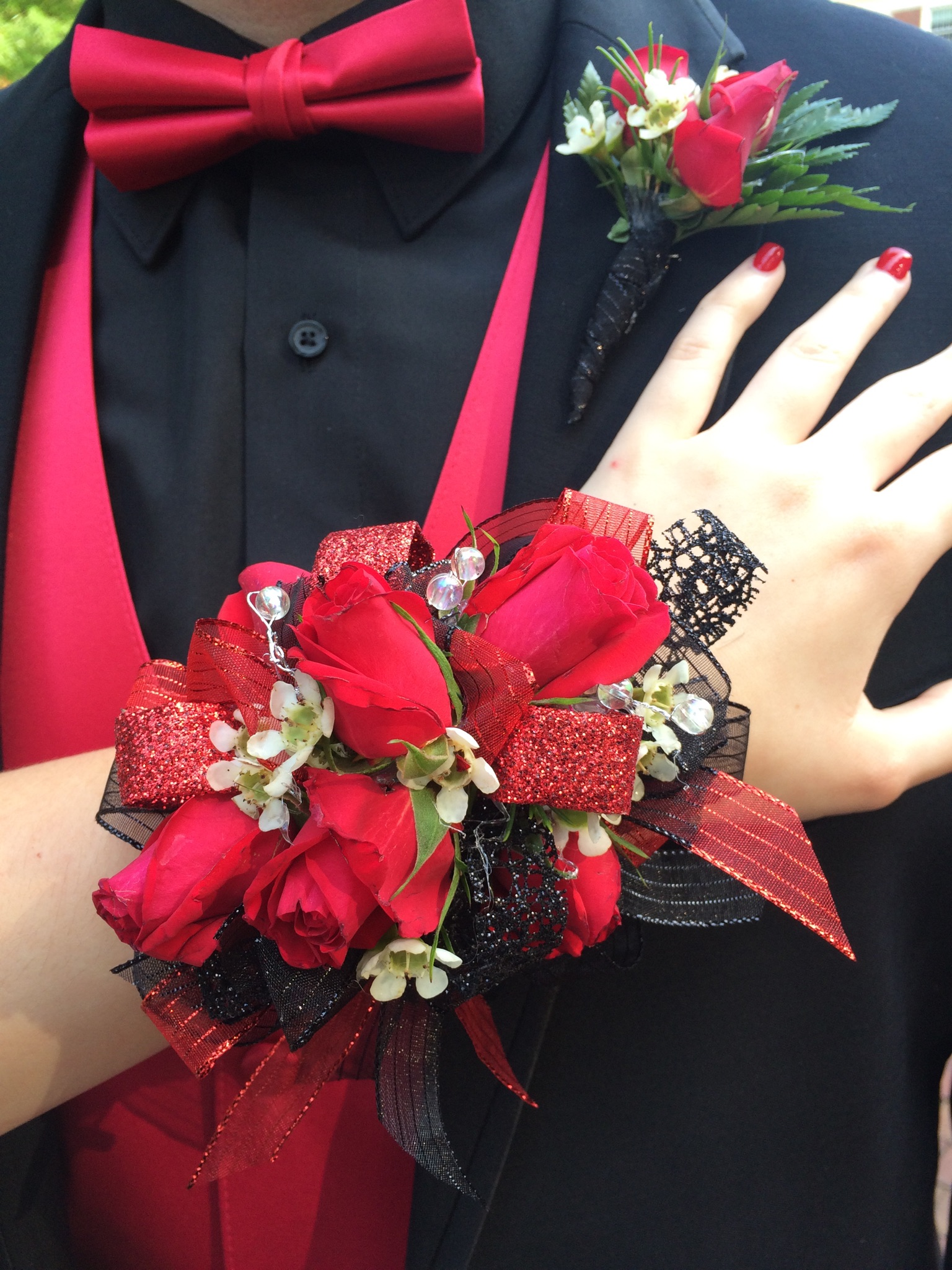 Black and red prom