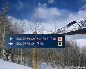 nordic-snowmobile-trail-signs-a.jpg