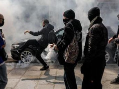 🎥 French Citizens Riot In Response To Plan To Mandatory Vaccine Passports