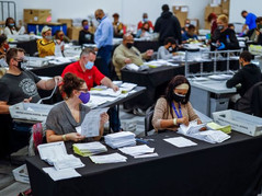 """Flashback 🗳 A Timeline of """"The Steal"""" in Fulton County on Election Night"""