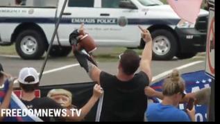 🎥 CGI Joe's Motorcade Met With Middle Fingers, Jeers in Pennsylvania