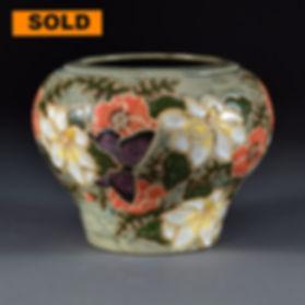 Magnolia Bombe Vase