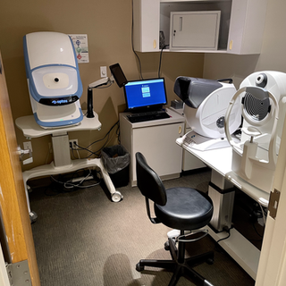 Pretest room at Northlake Eye at Asheville Mall.HEIC