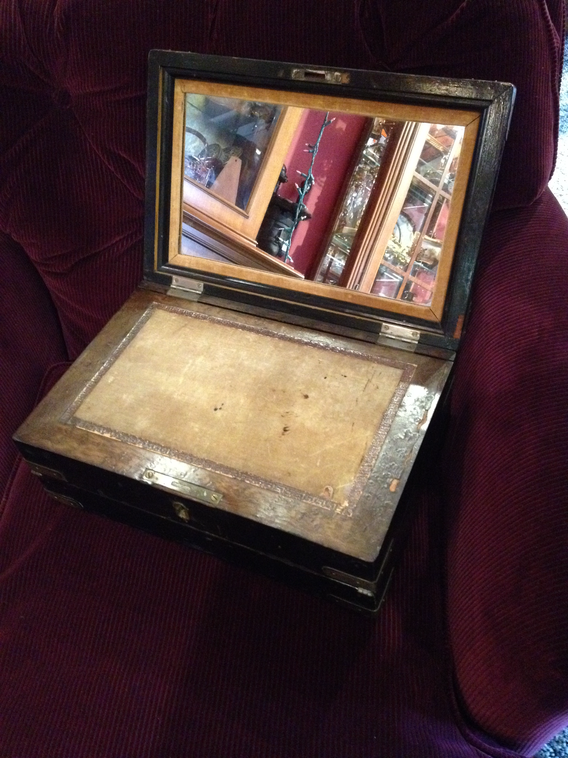 Antique writing desk_edited.JPG