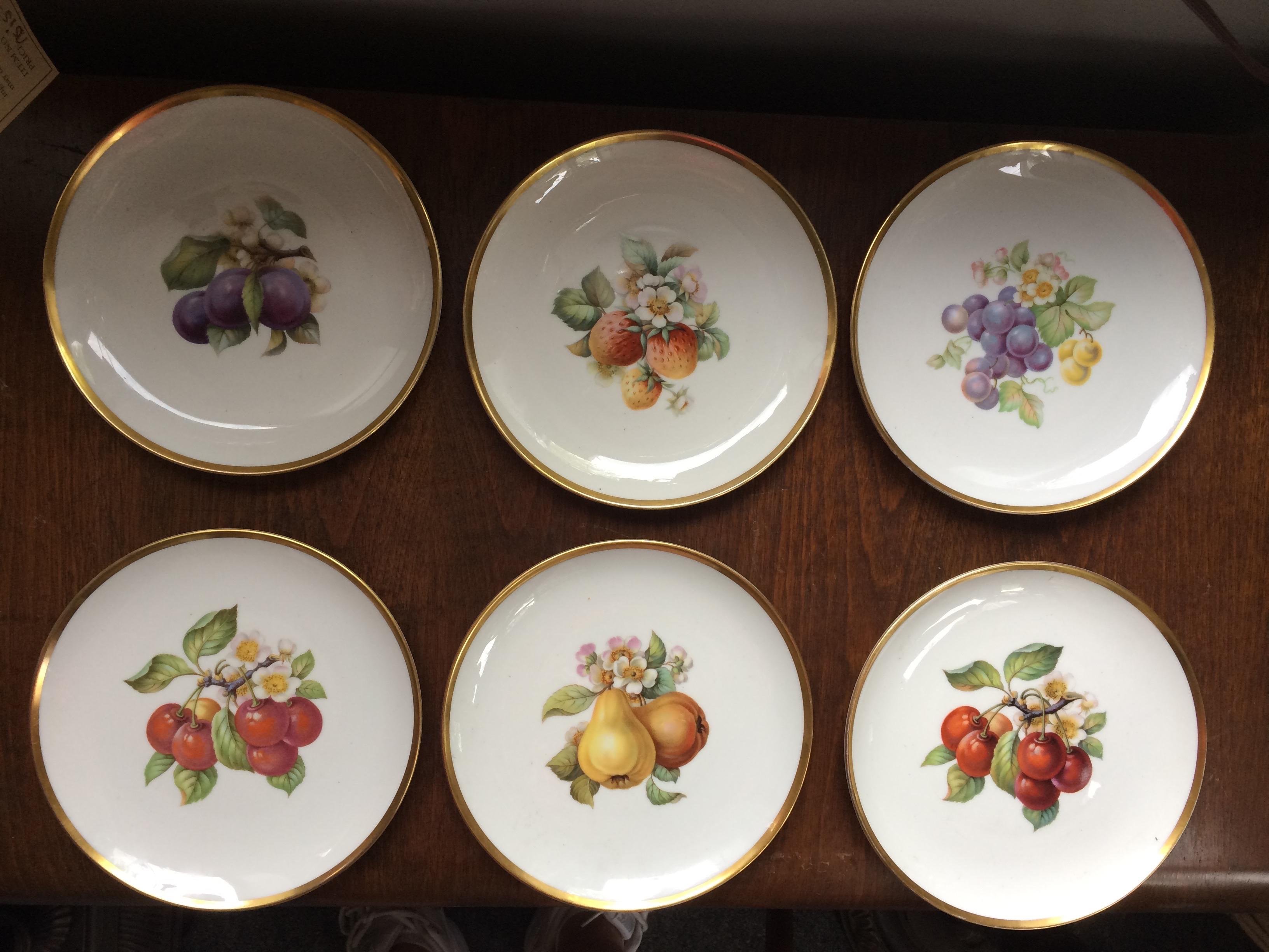 6 Hutchenreuther Fruit Plates German