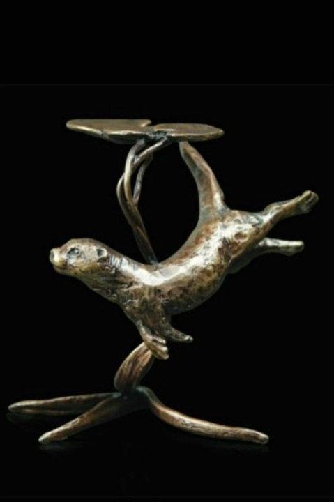 Otter Bronze Miniature