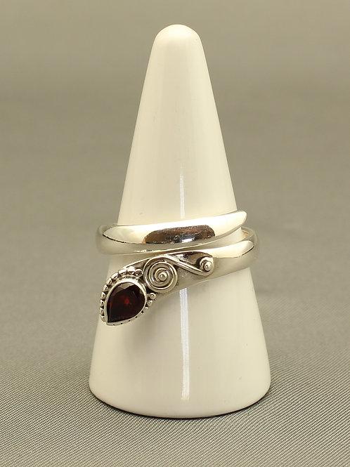 Garnet Snake Ring