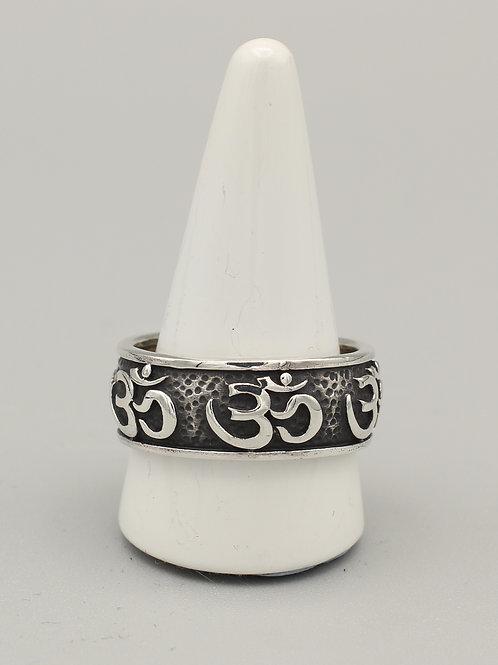 Om Band Ring