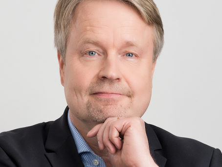 Matti Apunen: Making Headlines – Specialists, Innovations and the Media