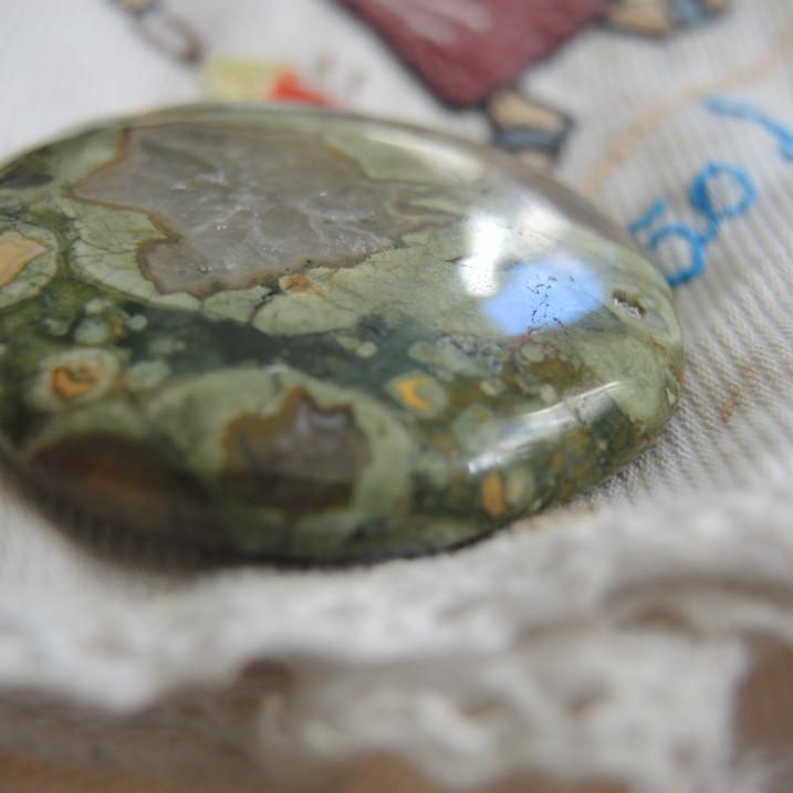 pedra de lua nova