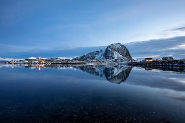 Hovsund Port Reflected