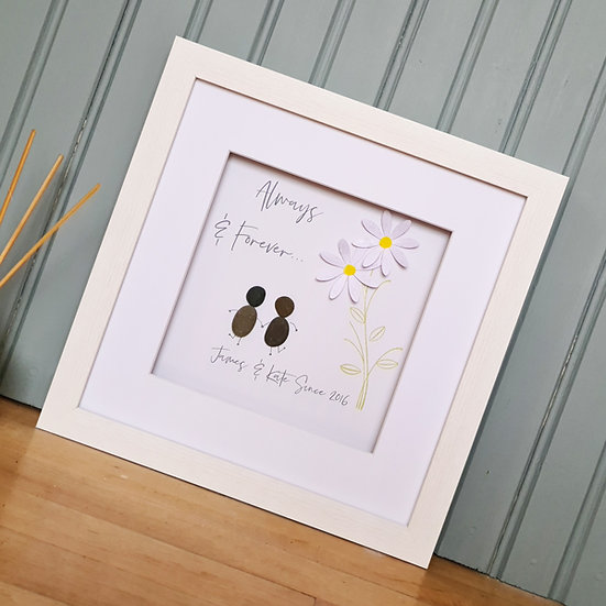Personalised Daisy Pebble - Couple/Wedding/Anniversary