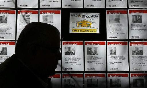 700x420_vivienda-agencia-hombre-sombra-r